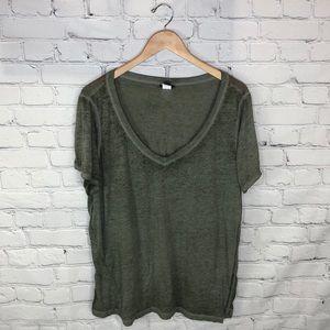 Torrid   Army Green V Neck T Shirt sz 2